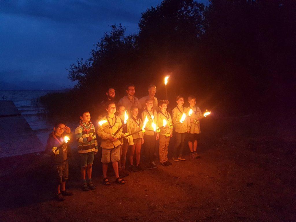 Versprechen der neuen Jupfistufe im Stammeslager